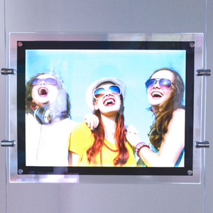 Double Hang Acrylic Light Box E04B3-1